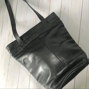 Wilsons Leather Black Bucket Bag